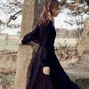 Elise Crombez - Harper's Bazaar Magazine Pictorial [United Kingdom] (April 2017) - 454 x 613