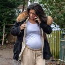 Casey Batchelor – Shows off her growing baby bump spotted out in Hertfordshire - 454 x 497