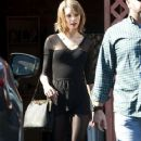 Taylor Swift goes to dance class