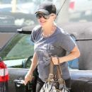Anna Faris at a medical building in Los Angeles, CA (July 16)
