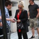 Kim Wilde – Arrives at the Chris Evans Breakfast Show in London - 454 x 681