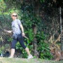 Kristen Bell - Walks Her Dogs At Griffith Park, 2010-05-05