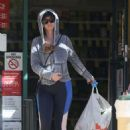 Katy Perry – Shopping at CVS Pharmacy in Los Angeles