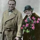 Mary Pickford and Douglas Fairbanks - 433 x 666