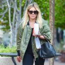 Hilary Duff – out for a drink in Los Angeles