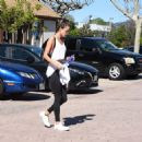 Alessandra Ambrosio Gets Her Workout in - 454 x 459