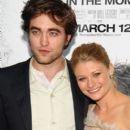 Robert Pattinson and Emilie DeRavin At The Premiere of 'Remember Me'