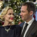 Luke Macfarlane and Jaime King