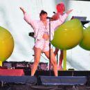 Charli XCX – Performs at Taylor Swift reputation Stadium Tour in Miami - 454 x 683