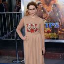 Mae Whitman – 'CHiPS' Premiere in Hollywood - 454 x 685
