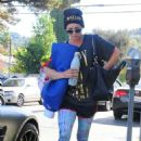 Kaley Cuoco Leaves Her Yoga Class In La