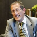 Richard Quest - 454 x 303