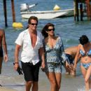 Cindy Crawford On Holiday In Saint Tropez, 2007-08-02