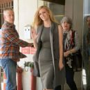 Brooklyn Decker Leaving Cbs Studios In New York