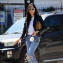 Jessica Gomes – Arriving at a friend's Memorial Day barbecue in LA - 454 x 608