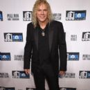 David Bryan attends the Jon Bon Jovi Soul Foundation's 10 year anniversary at the Garage on October 6, 2016 in New York City - 399 x 600