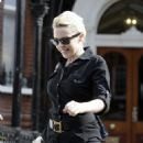 Kylie Minogue Outside Her Home In Chelsea, London 2008-04-15
