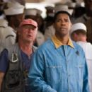 Tony Scott and Denzel Washington in DEJA VU