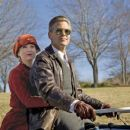 Newswoman Lexie Littleton (RENÉE ZELLWEGER) and Bulldogs team captain Dodge Connolly (GEORGE CLOONEY).