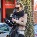 Hilary Duff stops by a gym for a workout in Studio City, California on January 24, 2017 - 438 x 600