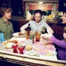 Jessica Aimee as Penny, Scott Speedman as Don, Sarah polley as Ann, Amanda Plummer as Laurie, Kenya Jo Kennedy as Patsy