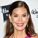 Teri Hatcher – 2018 Children's Hospital Los Angeles 'From Paris With Love' Gala - 454 x 585