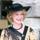 Helen Hunt as Mrs. Erlynne in A GOOD WOMAN. Photo credit: Sergio Strizzi