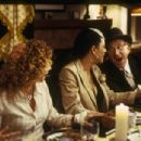 (left to right) Meredith Scott Lynn as Jennifer Stuckman, Cynda Williams as Grace and Jack Klugman as Artur Stuckman in THINKFilm comedy movie When Do We Eat - 454 x 304