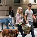 Amanda Seyfried and Justin Long out with Finn in New York City (September 9) - 454 x 705