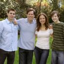 "Stuart Lafferty (""Brendan Hume""), Kevin Bacon (""Nick Hume""), Kelly Preston (""Helen Hume""), Jordan Garrett (""Lucas Hume"" – plaid shirt) in Death Sentence - 2007 - 454 x 303"