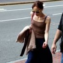 .Fiona Apple is spotted heading to her gig at the Citi Wang Theater on Saturday evening in Boston, MA - 385 x 594