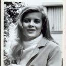 Shirley Knight - 454 x 549