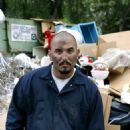 Lord of the garbage (Noel Gugliemi as JC) in Duck. Photo credits by Mark Lampert - 454 x 681