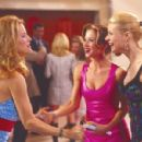 Kelly Preston (L), Christina Applegate & Gwyneth Paltrow