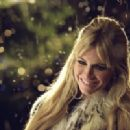 Sienna Miller as Nikki in Paramount Pictures' Alfie, also starring Jude Law.