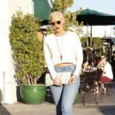 Amber Rose and Kat Von D have lunch at Urth Caffe in West Hollywood, California - February 10, 2014 - 454 x 664
