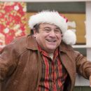 Danny Banning (Danny DeVito) in John Whitesell a family comedy Deck the Halls - 2006