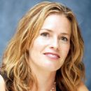 "Elisabeth Shue - Portrait Session For ""Gracie"", 13.07.2007."