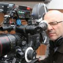 Anthony Minghella directs BREAKING & ENTERING. Photo by: ©The Weinstein Company, 2006/Laurie Sparham
