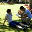 Adam Brody with director Jonathan Kasdan on the set of In the Land of Women, a Warner Independent Pictures release. Photo credit: Lorey Sebastian © 2005 Warner Bros. Entertainment Inc.