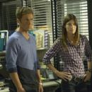Jennifer Carpenter As Debra Morgan And Desmond Harrington As Joey Quinn In The Fifth Season Of Dexter (2010)