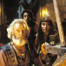 Bernard Hill, Grant Heslov and Sherri Howard in Universal's The Scorpion King - 2002 - 454 x 303