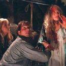 Helen Hunt (Jo), Bill Paxton (Bill), and Lois Smith (Meg) in Twister.