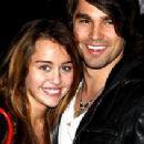 Random photos of Miley Cyrus, Justin Gaston - 281 x 211