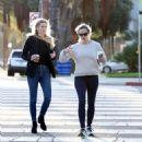 Jennifer Garner – Out for a coffee at Blue Bottle Cafe in Brentwood