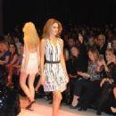 Tülin Sahin : adL - Cengiz Abazoglu Fashion Show