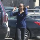 Zoe Saldana Leaves the gym in Studio City - 454 x 681