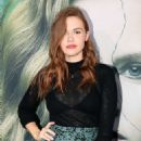 Holland Roden – 'Sharp Objects' Premiere in Los Angeles - 454 x 682