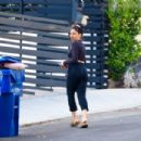 Jenna Dewan – Look relaxed while out for a stroll in Los Angeles