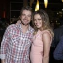 Shantel VanSanten and Robert Buckley - 454 x 363
